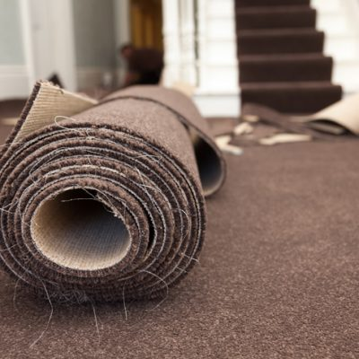 Having Professionals Install Carpet Flooring